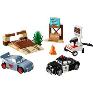LEGO Juniors - Závodní okruh Willys Butte