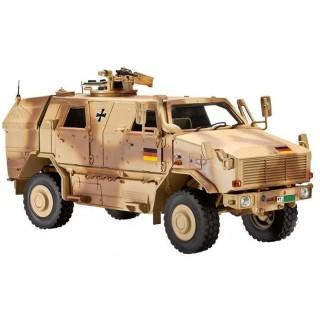 Plastic ModelKit tank 03233 - Dingo 2A2 (1:35)