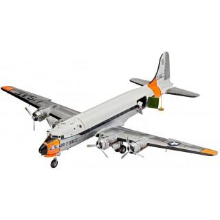 Plastic ModelKit letadlo 04877 - C-54 Skymaster (1:72)