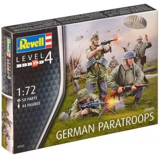 Plastic ModelKit figurky 02532 - German Paratroopers WWII (1:72)
