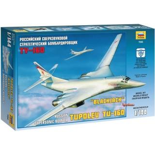 Model Kit letadlo 7002 - Tupolev TU-160 Russian Strategic Bomber (1:144)