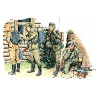 Model Kit figurky 6053 - GERMAN SIGNAL TROOPS (1:35)
