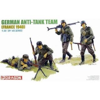 Model Kit figurky 6196 - GERMAN ANTI-TANK TEAM (1:35)