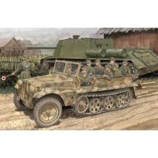 Model Kit military 6731 - SD.KFZ.10 AUSF.B 1942 PRODUCTION (SMART KIT) (1:35)