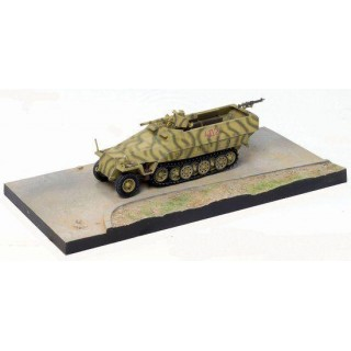 Dragon Armor military 60385 - Sd.Kfz.251/10 Ausf.D (Poland 1944) (1:72)