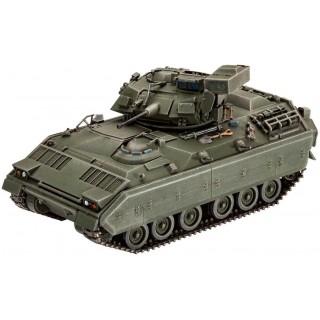 Plastic ModelKit tank 03143 - M2/M3 Bradley (1:72)