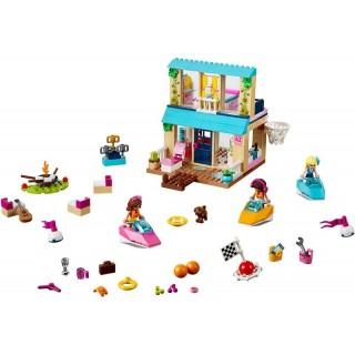 LEGO Juniors - Stephanie a její dům u jezera