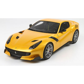 Bburago Ferrari F12TDF 1:24 žlutá