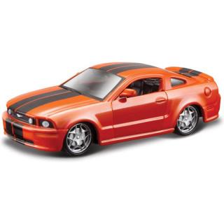 Bburago Ford Mustang GT 2006 1:64 oranžová