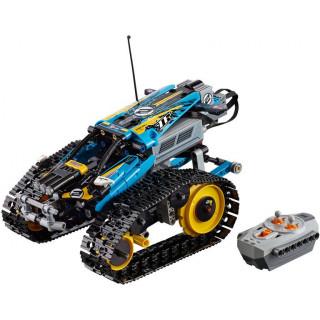 LEGO Technic - Kaskadérské závodní auto na dálkové ovládání