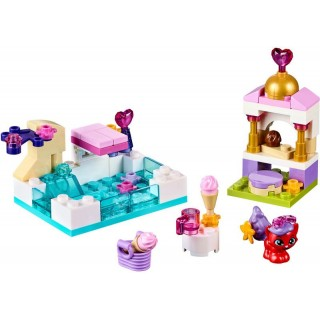LEGO Disney Princezny - Zlatíčko a jeho den u bazénu