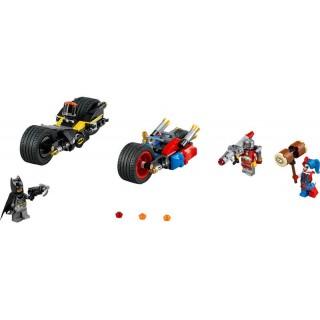 LEGO Super Heroes - Batman: Motocyklová honička v Gotham City