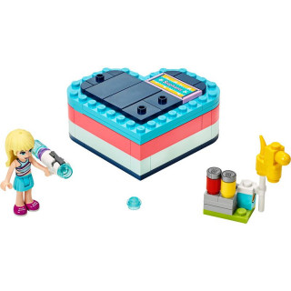 LEGO Friends - Stephanie a letní srdcová krabička