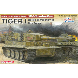 Model Kit tank 6888 - Tiger I Mid-Production w/Zimmerit Otto Carius (Battle of Malinava Village 1944) (1:35)