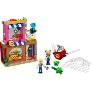 LEGO Super Heroes - Harley Quinn™ spěchá na pomoc