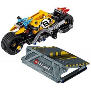 LEGO Technic - Motorka pro kaskadéry