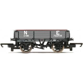 Vagón nákladní HORNBY R6807 - 3 Plank Wagon 'NE'