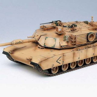 "Model Kit tank 13202 - M1A1 ABRAMS ""IRAQ 2003"" (1:35)"