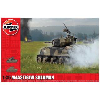 Classic Kit tank A1365 - M4A3(76)W SHERMAN (1:35)