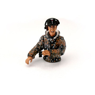1/16 půl figurka německého velitele tanku z 2 sv. války, letní kamufláž, ručně malovaný